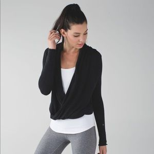Lululemon Heathered Charcoal Iconic Sweater Wrap
